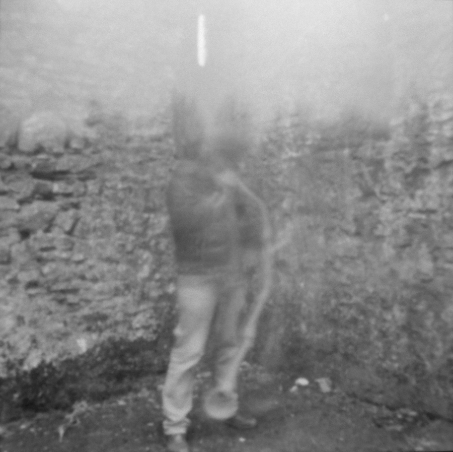 Pinhole-foto gemaakt tijdens een geluidsperformance in Fort William co. Cork, Ierland, Jan. 2017