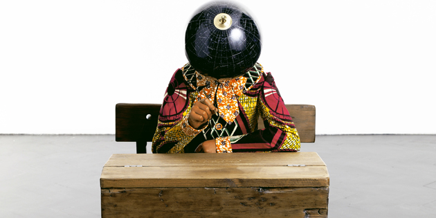 Yinka Shonibare - Planets in my head, Literature