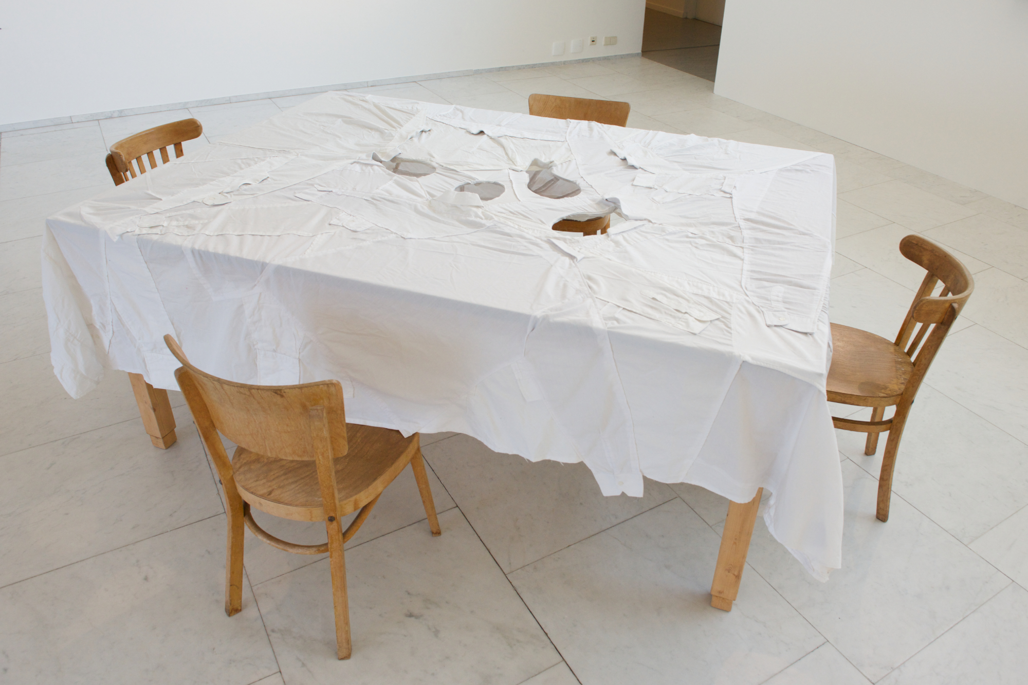 Yael Davids, Table installatie, 1997