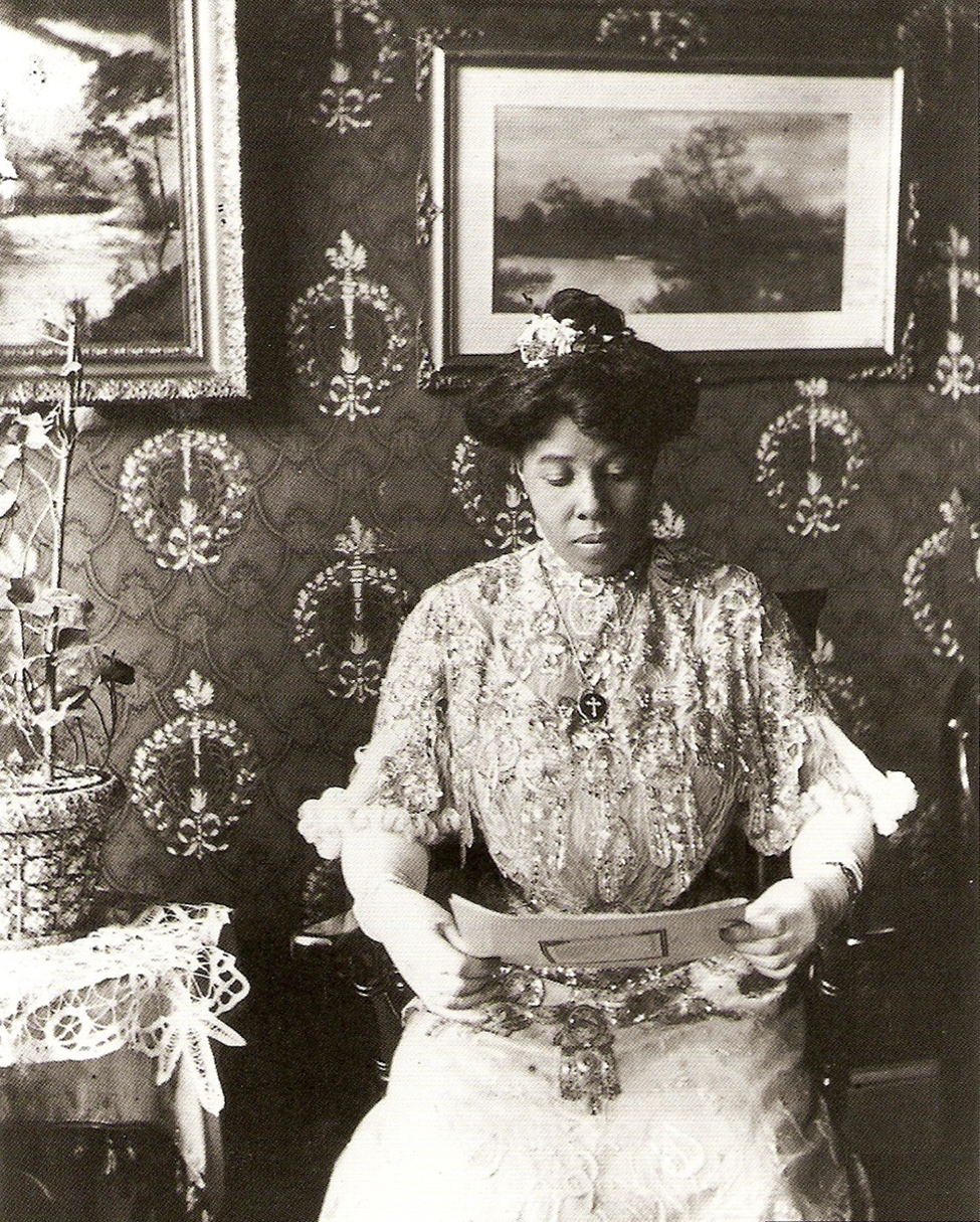 Susan Porter, photographer James Van Der Zee's  cousin (1915)