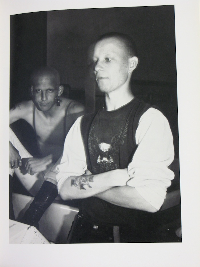 Skinheads > Open all night (Ken Miller)