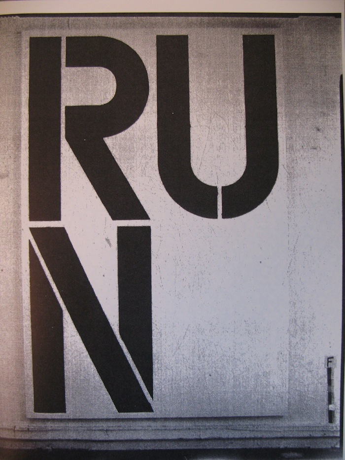Christopher Wool - RUN > Cats in bag bags in river (Christopher Wool)